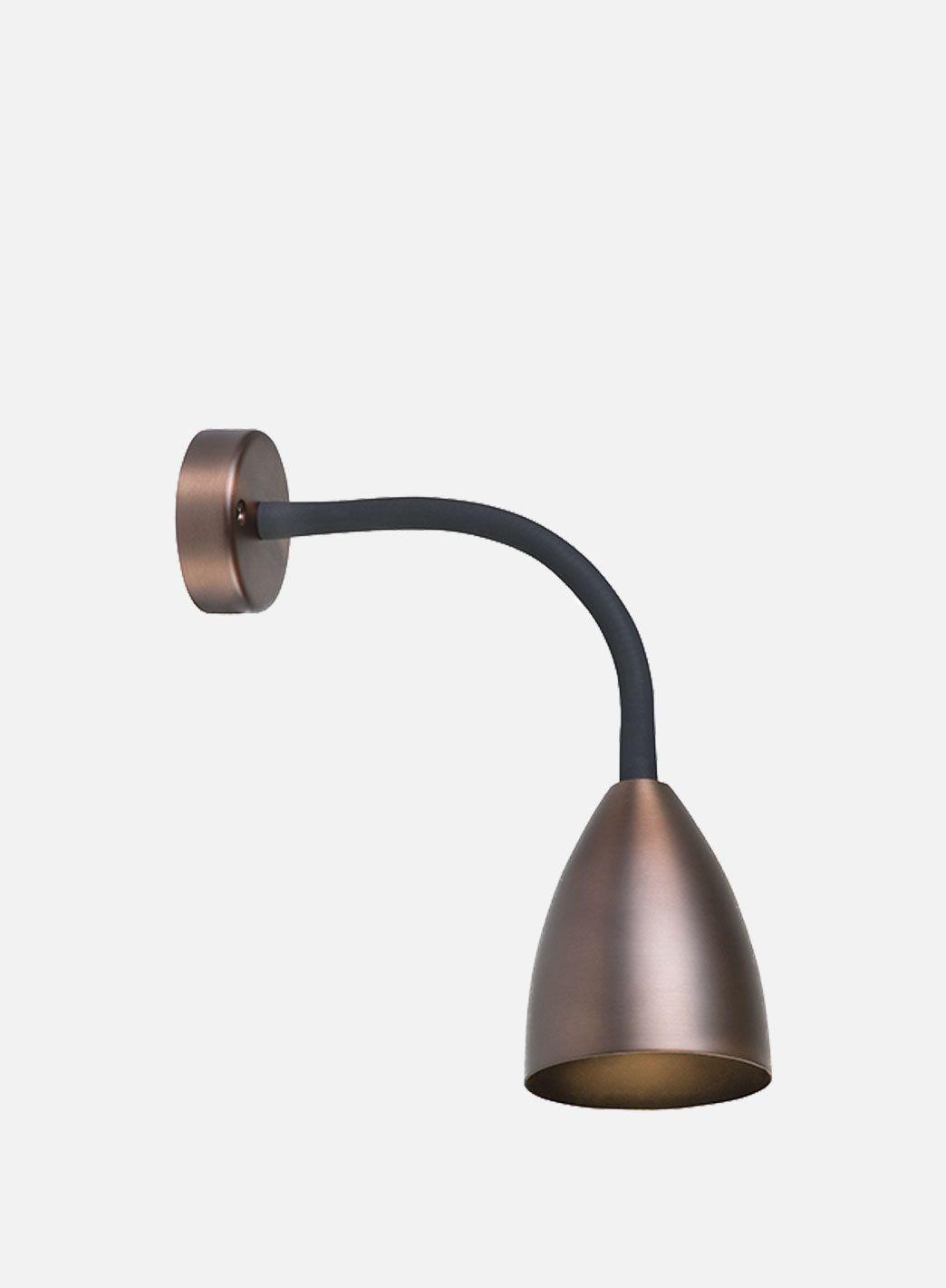 Trotsig LED vegglampe oxidgrå