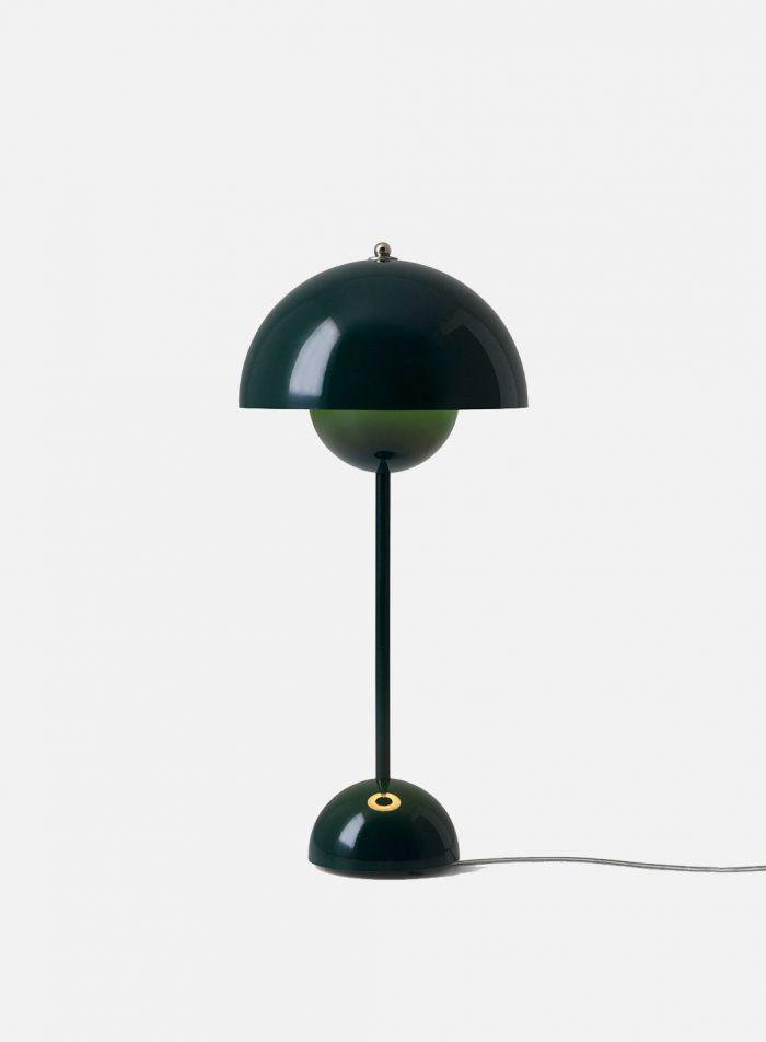 Flowerpot VP3 bordlampe H50 - blank mørk grønn