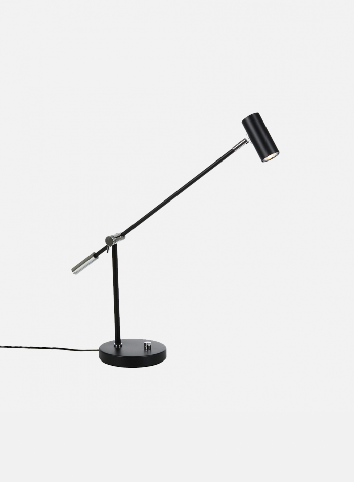 Cato LED bordlampe - matt sort