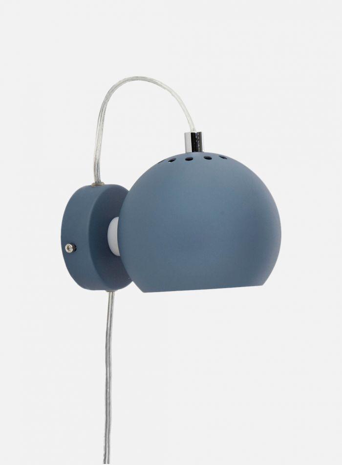 Ball vegglampe - dust blue