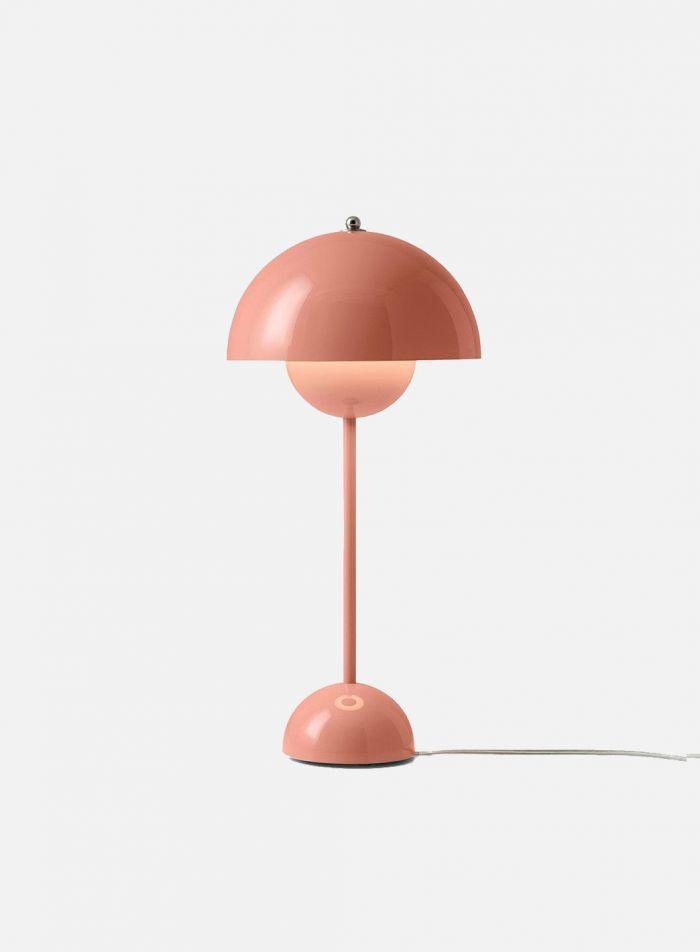 Flowerpot VP3 bordlampe H50 - blank rødbeige