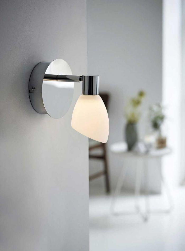 Cut LED vegglampe - krom/opal