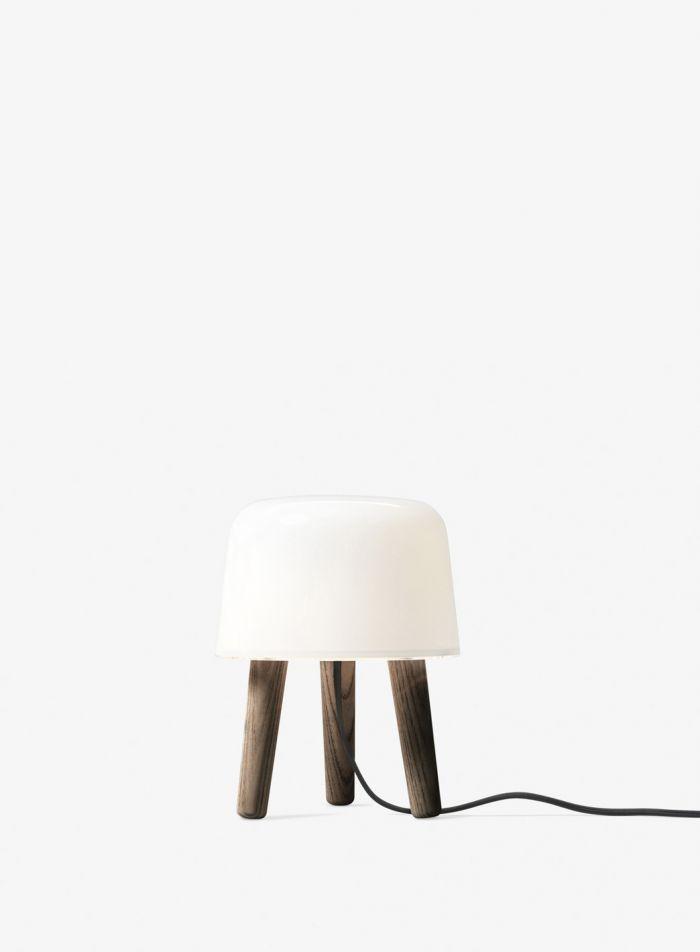 Milk NA1 bordlampe - mørkoljet m/sort ledning