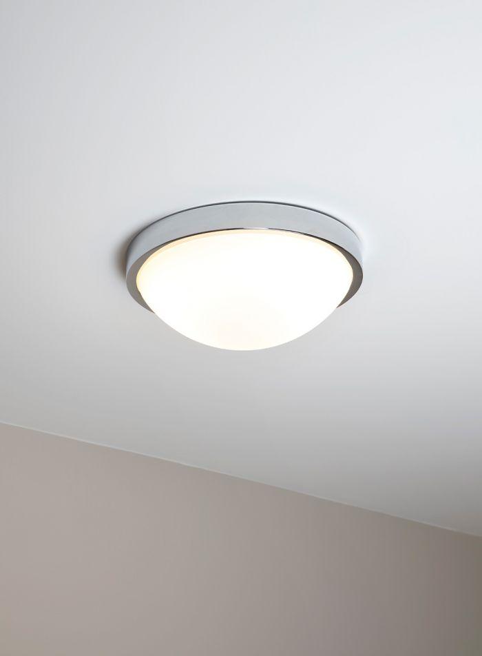 Salomon taklampe - hvit/krom