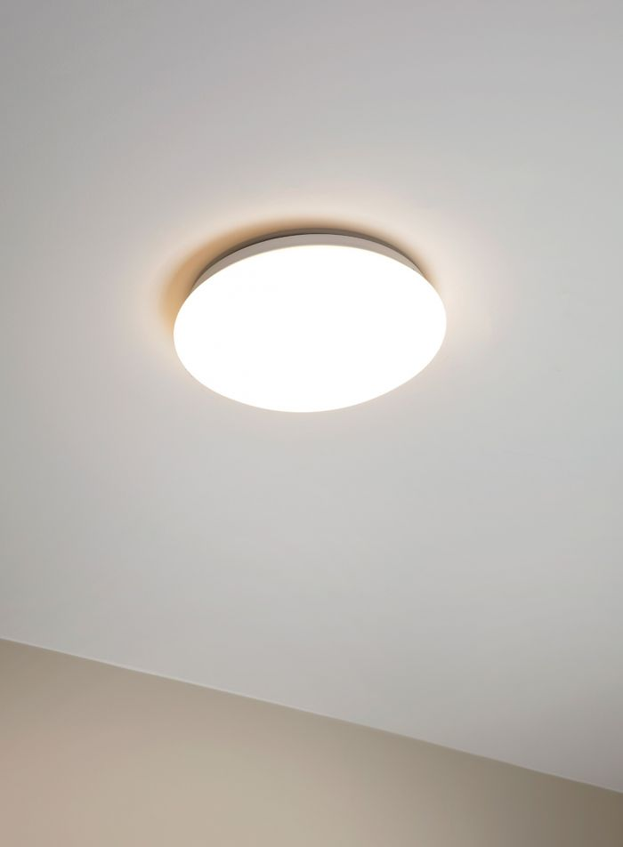 Giron taklampe - hvit