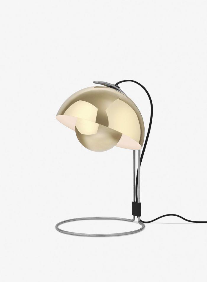 Flowerpot VP4 bordlampe - blank messing
