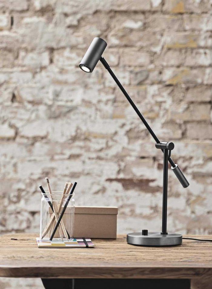 Cato LED bordlampe - oxidgrå