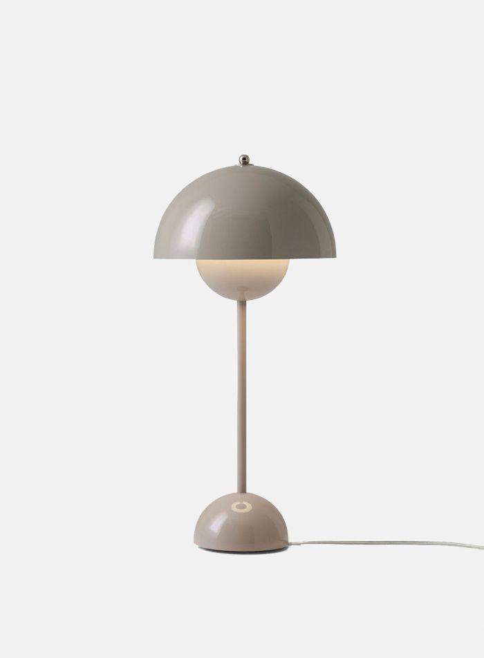 Flowerpot VP3 bordlampe H50 - blank gråbeige