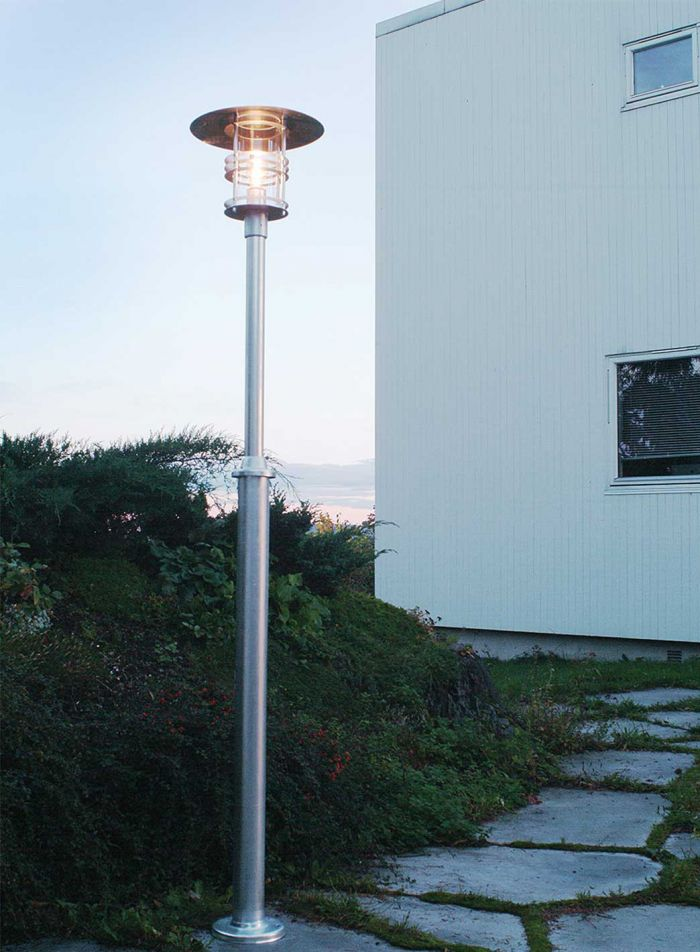 Stockholm 281 utelampe - galvanisert/klar